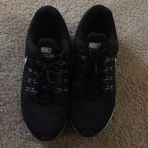 Mens Nike Shoes Size 9.5